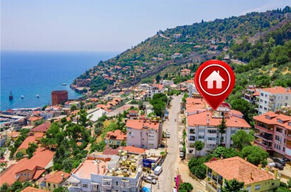 3+1 Flat for Sale with View on Alanya Castle Road