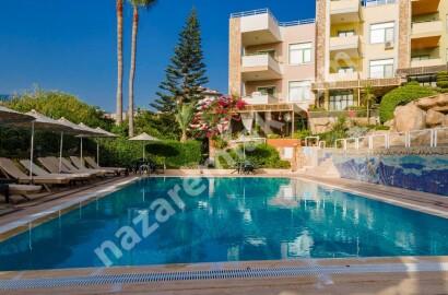 Alanya Kestel'de Ultra Lüks Satılık Eşyalı Triplex Villa